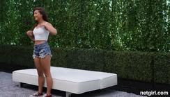 Filmes pornor Da Moreninha safada fazendo um teste do sofá