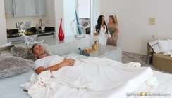 Vídeo sexo Do Safado Levando Bucetada enquanto tava doente
