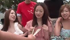 Videos De Mulheres Sendo Estrupadas